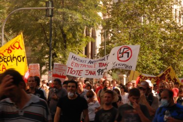 protesters with anti-nazi banners, photo by author
