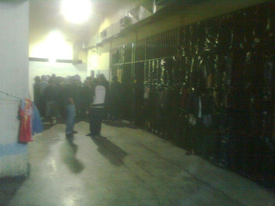 Recent photo from the Drapetsona precinct detention. No windows, no outdoors. Photo posted by @eleniamorgos on Twitter